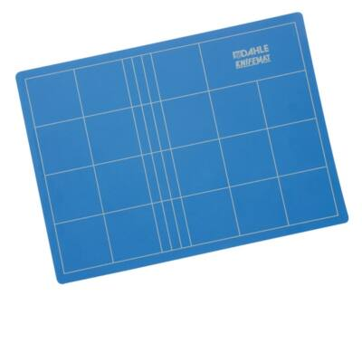 DAHLE Dekoratőr tábla 10692, A2, 45x60cm (Self-healing cutting mat with non-cuttable core)